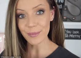 hair snips find stories australian vlogger snips hair from her head and applies it to her