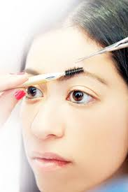 How To Tweeze Your Eyebrows Top 10 Eyebrow Tips And Tutorials That Could Change Your Entire
