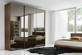 miroir dans chambre à coucher armoire miroir chambre chambre