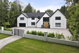 5 bedroom home 5 bedroom houses for sale in coulsdon surrey rightmove