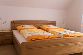 Schlafzimmer Bett Mit Erbau Wohnung V Hausbrennerei Fridolin Baumgartner
