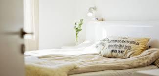 d o chambre scandinave cinq idées déco pour une chambre scandinave grazia