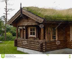 Cabane En Montagne Cabane En Rondins En Bois Norvégienne Typique De Carlingue De