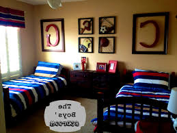 Sports Themed Wall Decor - bedroom captivating images about boy rooms ideas boys room decor