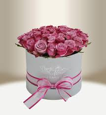 luxury flowers luxury flower box with roses black square daniela fleur