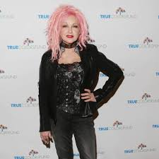 cyndi lauper thrilled to be touring with rod stewart the tango