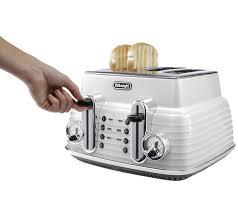 De Longhi Kettle And Toaster Buy Delonghi Ctz4003w Scultura Delonghi Toaster White Scultura