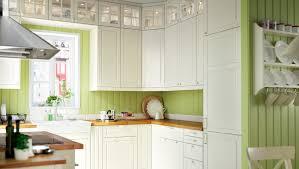 cuisine a prix cassé cuisine avec faces de tiroir portes et portes vitrées bodbyn