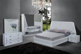 Chambre A Coucher Blanche by Chambre A Coucher Blanc Design Glamour Laque Blanc Ensemble
