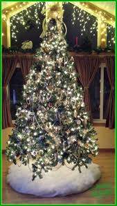 my silver and gold tree theme
