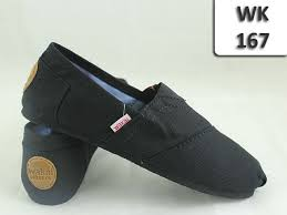 Jual Wakai wakai shoes pin 53871e16
