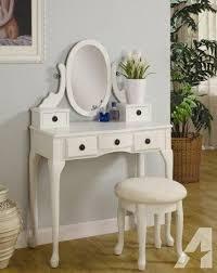 Antique White Makeup Vanity 396 Best Bedroom Vanities I Want Images On Pinterest Bedroom