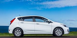 hyundai accent curb weight 2015 hyundai accent pricing and specifications