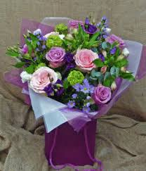 buy flowers online bouquet of the month uk buy flowers online