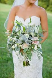 wedding flowers ideas to save money - How To Save Money On Wedding Flowers