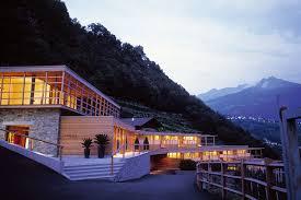 hotel architektur neun luxusapartments finden sich in der chesa futura