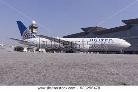 United Airline Stock Boeing 767300 United Airlines Guarulhos International Stock Photo