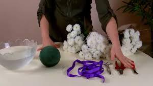 bouquet en papier réaliser une boule de fleurs pour cérémonie de mariage youtube