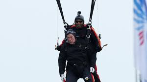 fmr president george h w bush to make parachute jump for 90th