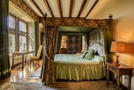 chambre louis xvi chateau de la colaissiere accueil chateau de la colaissière
