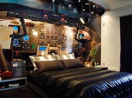 chambre a coucher originale chambre à coucher le lit cockpit chambre à coucher insolites