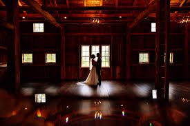 Barn Weddings In Michigan Intimate Wedding Venues In Michigan All Inclusive Wedding