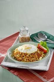 cara membuat nasi goreng untuk satu porsi 20 menit membuat nasi goreng kung ala pedagang tek tek grid id