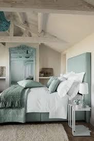 chambre beige et blanc deco chambre bleu canard lit cool chambre bleu et beige idées