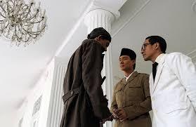 ringkasan tentang film jendral sudirman resensi ketika jenderal soedirman gerilya di hutan tabloid kabar film