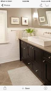 what color cabinets with beige tile ideas beige ceramic tile what color goes with bathroom