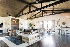 modern farmhouse living room the farmhouse design shop interiors