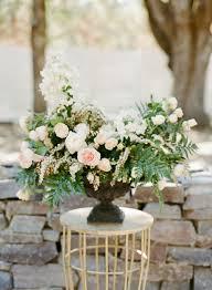 Wedding Floral Centerpieces by Best 25 Wedding Floral Arrangements Ideas On Pinterest Baby U0027s