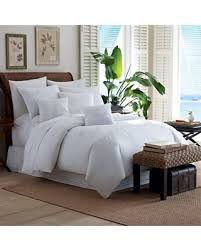 tropical bedroom decorating ideas best 25 tropical bedroom decor ideas on tropical home