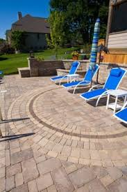 Unilock Suppliers Unilock Patio Designs Beacon Hill Flagstone Google Search