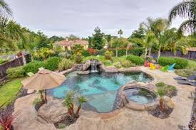 roseville homes with pools