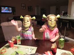 wendy u0027s shrek halloween kids meal youtube