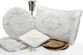 passover seder set pesach sets the chassan s place