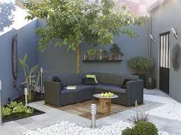 petit salon de jardin pour terrasse déco terrasse bois et galets salon de jardin gris gardens