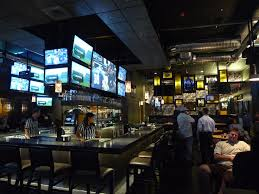 Bar Decor Ideas Best 25 Sport Bar Design Ideas On Pinterest Sports Bar Decor