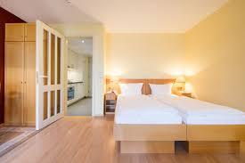 Kleiderschrank F 2 Personen Hotelzimmer Appartements Und Suiten Für Ihren Ostsee Urlaub