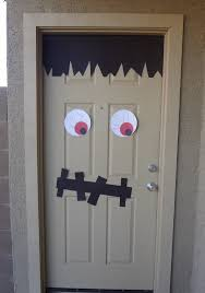 the best 35 front door decorations for this halloween 5 festive