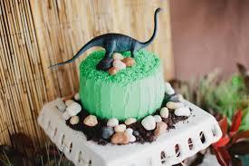 dinosaur birthday cakes boy bash dinosaur birthday party on a budget spaceships and