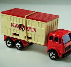 matchbox mercedes matchbox superfast no 42c mercedes container truck diecastinvestor