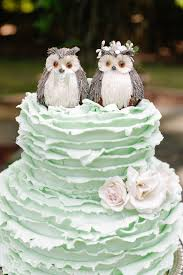 cheap wedding cakes possibly the cutest wedding cakes modwedding