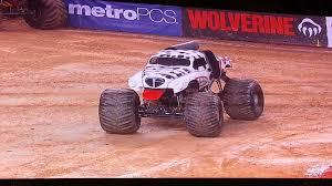 car junkyard arlington tx mm dalmatian female driver monster jam monster truck 2013
