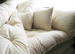 How To Make Bed Comfortable Best 25 Fluffy Bed Ideas On Pinterest Fluffy Comforter White