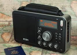amazon com eton field am fm with rds and shortwave radio black