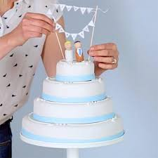 budget wedding cakes rock my cake diy budget wedding cake ideas wedding cake bunting