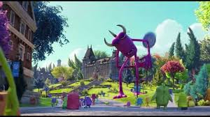 monsters university frisbee scene entrance campus