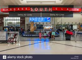 Atlanta Airport Terminal Map Delta by Baggage Claim In Atlanta Airport Stock Photos U0026 Baggage Claim In